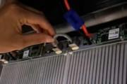 3. Соедините каждые 2 модуля коротким сетевым кабелем.